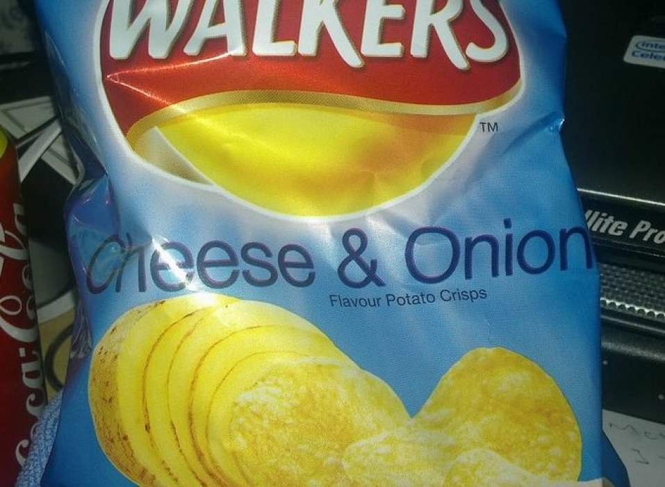 cheese and onion crisps, Vincent Li, flickr